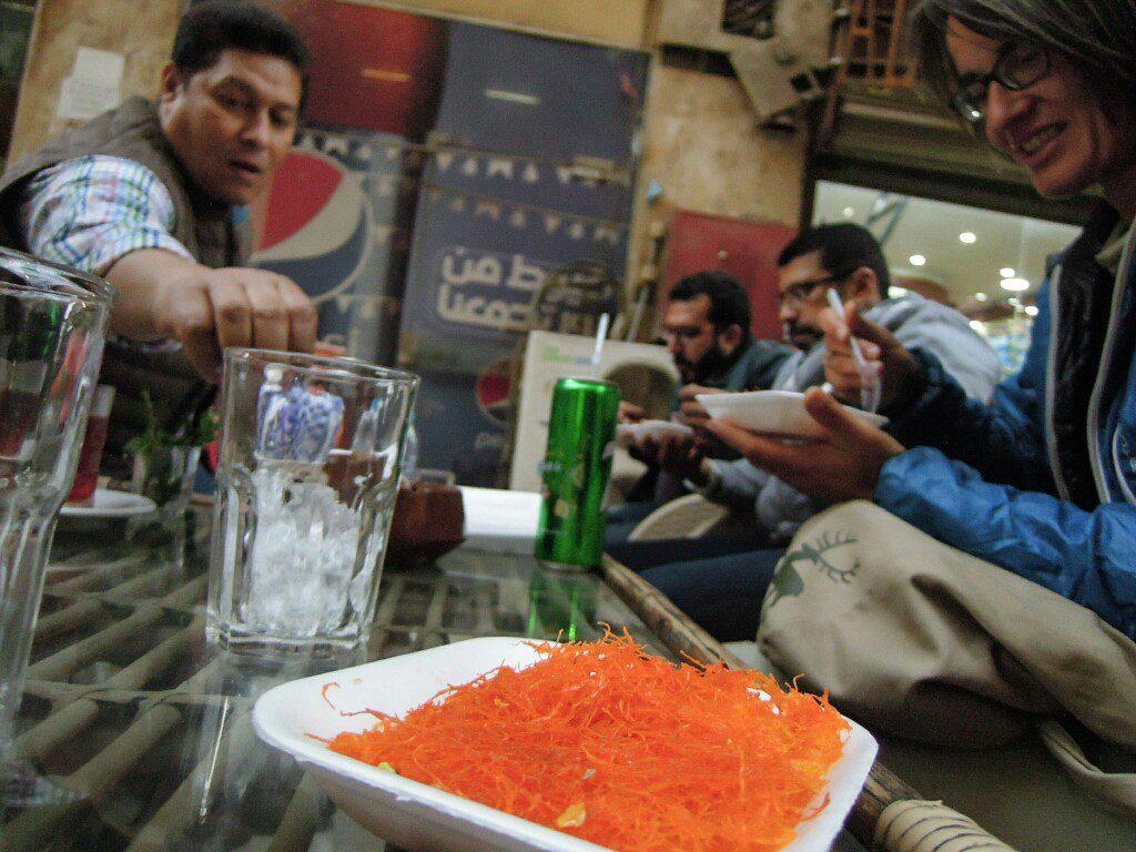 Spezialität aus Syrien: Kunafa auf geschmolzenem Käse