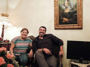 Leila, Yasser und Mona Lisa im feinen Salon