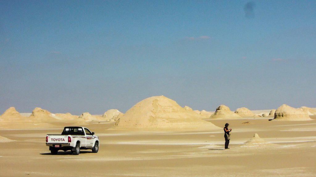 Mit dem 4x4 Pickup in die Weiße Wüste