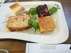 Sustaina Bio Restaurant Bangkok Bio-Kuchen organic17