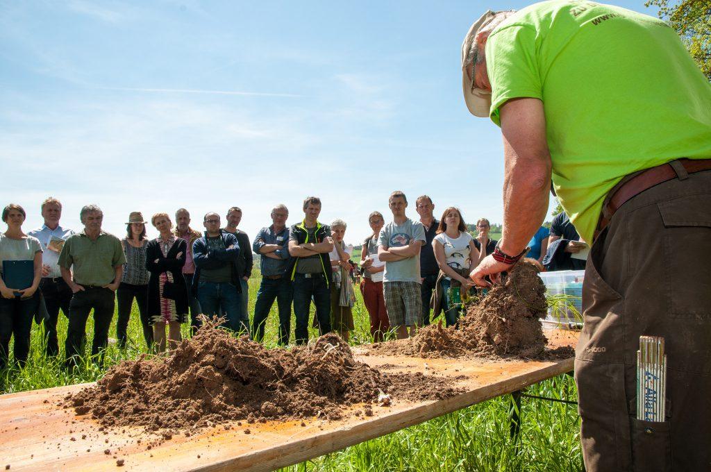 Spatenprobe, Schlägler Biogespräche Boden, organic17.org